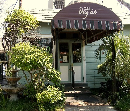 Caf� Degas, located on Esplanade Avenue in the Faubourg St. John, not far from the New Orleans Museum of Art.